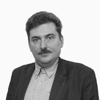 Dr. Adam Czajka